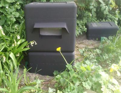 aufstellen von nistk sten das hummelhaus. Black Bedroom Furniture Sets. Home Design Ideas